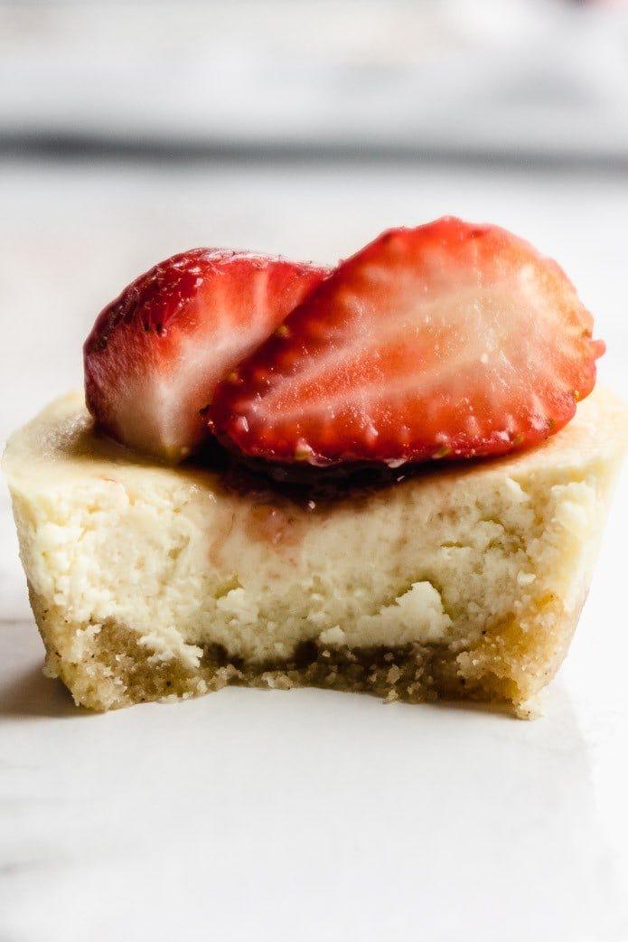 the best mini keto cheesecakes