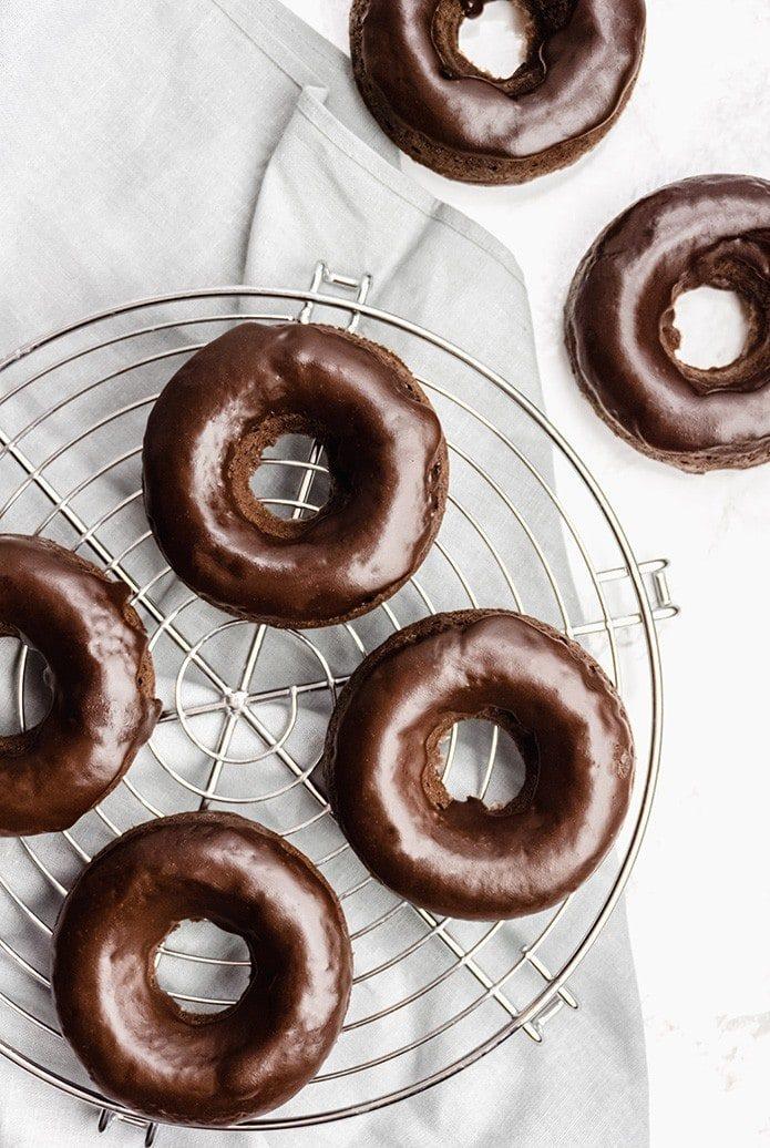 chocolate keto donuts