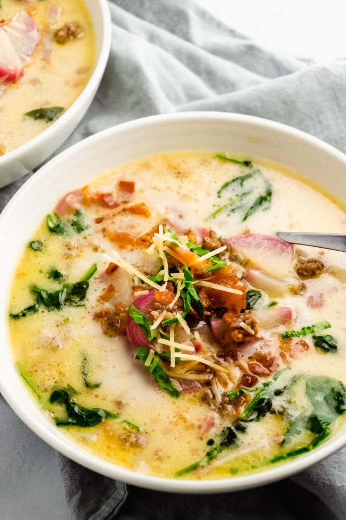 low carb zuppa toscana with sausage, bacon, cream, and cheese